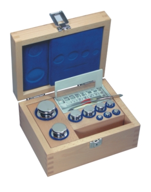 Set of weights stainless, wooden box 1mg-2kg (6111,11g) incl. E1 calibration.